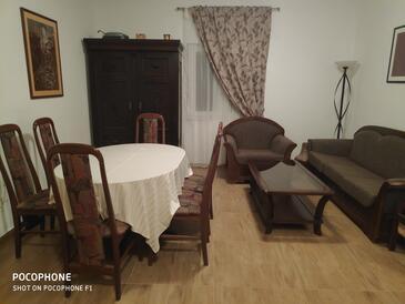 Bulić, Гостиная в размещении типа house, доступный кондиционер, Домашние животные допускаются и WiFi.
