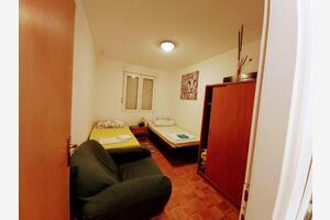 Apartments with WiFi Šibenik - 18960