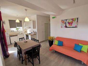 Pakoštane, Sala de estar in the apartment, WiFi.