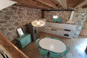 Pakoštane, Salle à manger dans l'hébergement en type house, WiFi.