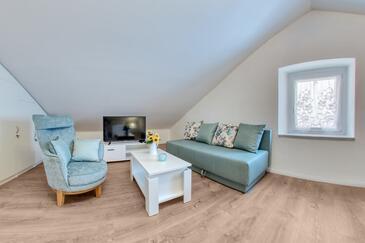 Kraljevica, Obývací pokoj v ubytování typu apartment, domácí mazlíčci povoleni a WiFi.