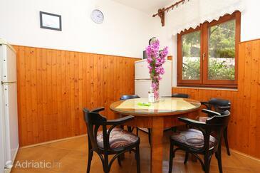 Drvenik Donja vala, Jídelna v ubytování typu apartment, WiFi.