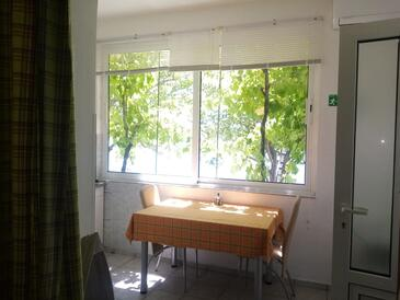 Supetarska Draga - Gonar, Столовая в размещении типа studio-apartment, WiFi.