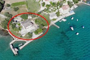 Apartments by the sea Supetarska Draga - Gonar, Rab - 19015