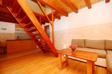 Tkon, Гостиная в размещении типа apartment, доступный кондиционер, Домашние животные допускаются и WiFi.