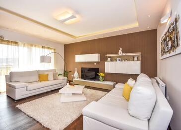 Dugopolje, Camera de zi 1 în unitate de cazare tip house, aer condiționat disponibil şi WiFi.