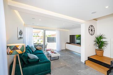 Sukošan, Obývací pokoj v ubytování typu house, WiFi.