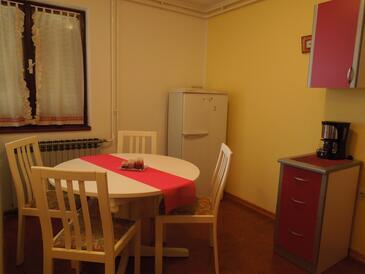 Rabac, Jídelna v ubytování typu apartment, WiFi.