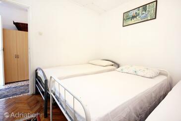 Bedroom 2   - K-192