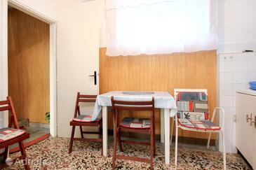 Dining room    - K-192