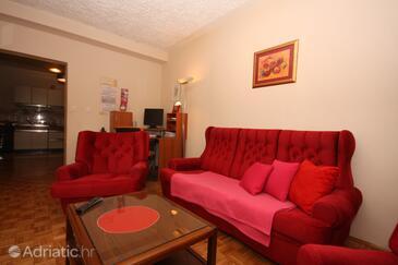 Supetarska Draga - Gonar, Living room in the apartment, WiFi.