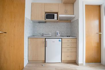Supetarska Draga - Gornja, Кухня в размещении типа studio-apartment, WiFi.