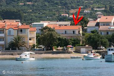 Banjol, Rab, Property 2007 - Apartments near sea with sandy beach.