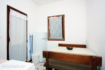 Barbat, Dining room in the apartment.