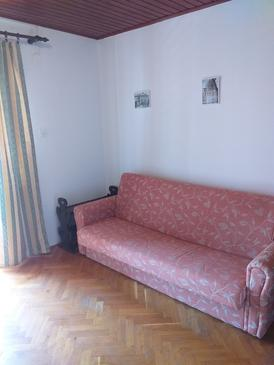 Caska, Living room in the apartment, air condition available and (pet friendly).