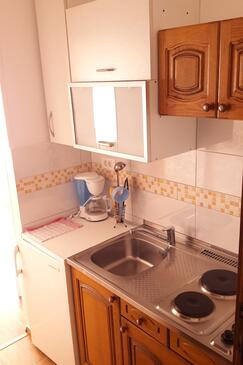 Supetarska Draga - Donja, Kitchen in the studio-apartment, WiFi.