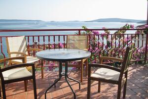 Apartments by the sea Seget Vranjica (Trogir) - 2037