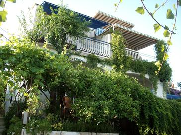 Seget Vranjica, Trogir, Property 2037 - Apartments by the sea.