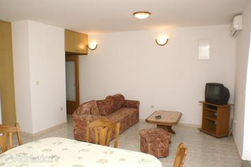 Seget Donji, Woonkamer in the apartment, air condition available en WiFi.