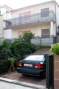 Trogir, Trogir, Property 2046 - Apartments with pebble beach.