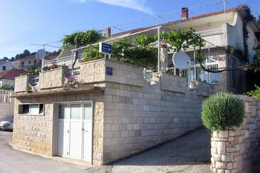 Jelsa, Hvar, Property 2059 - Apartments with pebble beach.