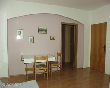 Hvar, Dining room in the apartment.