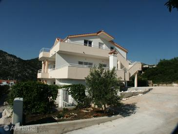 Hvar, Hvar, Property 2064 - Apartments with pebble beach.