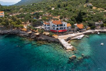 Pokrivenik, Hvar, Property 2069 - Rooms by the sea.