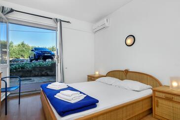 Pokrivenik, Ložnice v ubytování typu room, s klimatizací, domácí mazlíčci povoleni a WiFi.