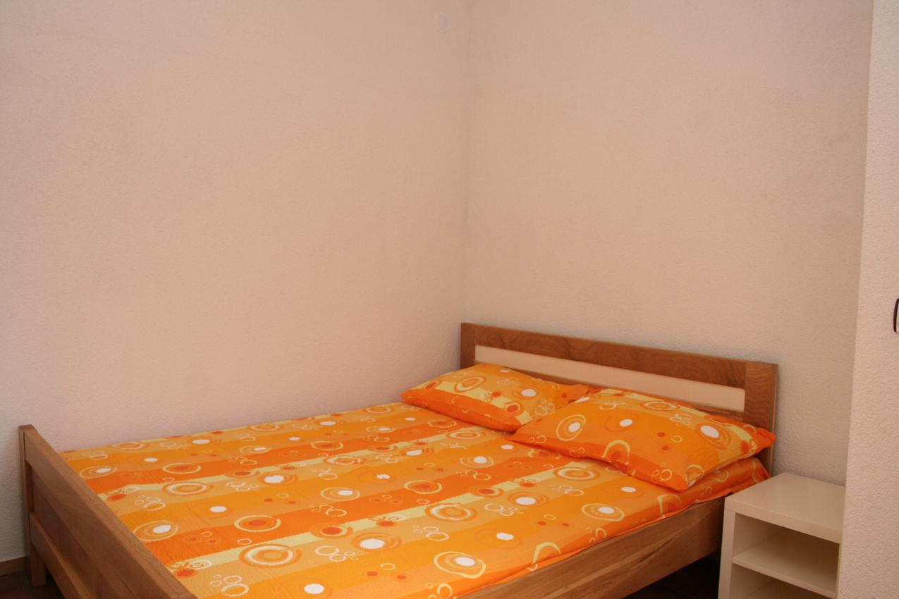 Holiday apartment im Ort Basina (Hvar), Kapazität 2+2 (1880056), Vrbanj, Island of Hvar, Dalmatia, Croatia, picture 4