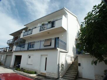 Mastrinka, Čiovo, Obiekt 2084 - Apartamenty ze żwirową plażą.