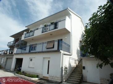 Mastrinka, Čiovo, Property 2084 - Apartments with pebble beach.