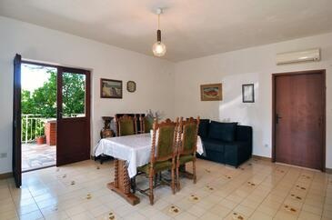 Dining room    - A-2096-a