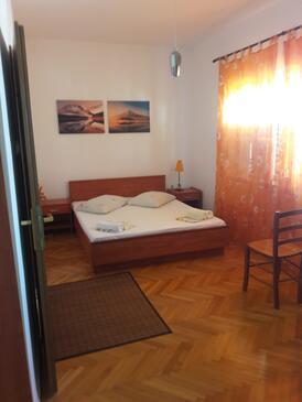 Sumpetar, Sypialnia w zakwaterowaniu typu room, Dostępna klimatyzacja i WiFi.