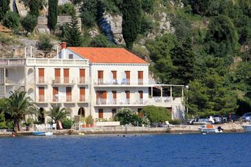 Zaton Mali, Dubrovnik, Property 2106 - Apartments by the sea.