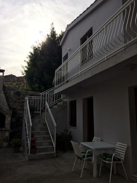 Zaton Veliki, Dubrovnik, Property 2107 - Apartments near sea with pebble beach.