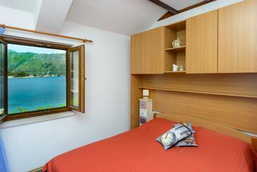 Zaton Veliki, Bedroom in the room.