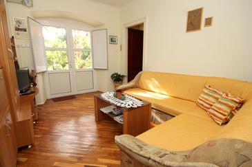 Trsteno, Obývací pokoj v ubytování typu house, WIFI.
