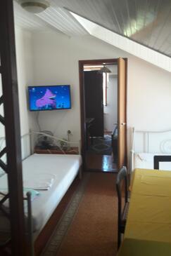 Cavtat, Dining room in the apartment, dostupna klima i WIFI.