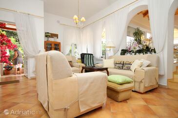 Mlini, Living room 1 in the house, dostupna klima i WIFI.
