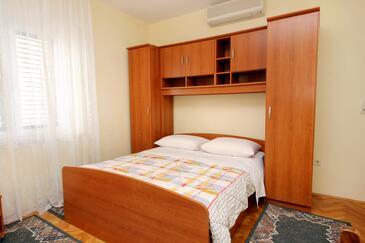 Orašac, Bedroom in the room, dopusteni kucni ljubimci i WIFI.
