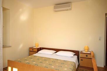 Orašac, Bedroom in the room, dostupna klima, dopusteni kucni ljubimci i WIFI.