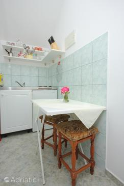 Slano, Dining room in the apartment, dopusteni kucni ljubimci i WIFI.