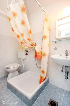 Bathroom 2   - K-2163