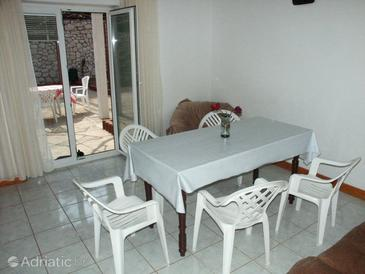 Pag, Dining room in the apartment.