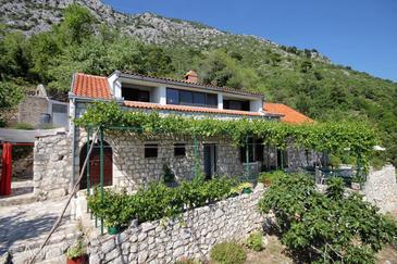 Podaca, Makarska, Property 2185 - Vacation Rentals with pebble beach.