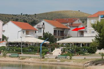 Žaborić, Šibenik, Obiekt 2190 - Apartamenty przy morzu ze żwirową plażą.