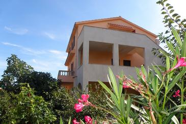 Mali Lošinj, Lošinj, Property 2198 - Apartments with pebble beach.