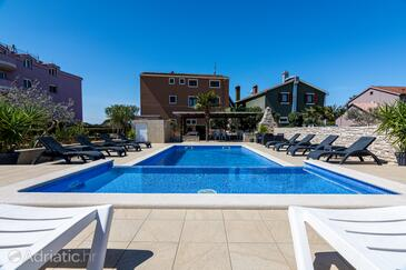 Valbandon, Fažana, Property 2201 - Apartments with pebble beach.
