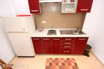 Rovinj, Kitchen in the studio-apartment, dopusteni kucni ljubimci i WIFI.